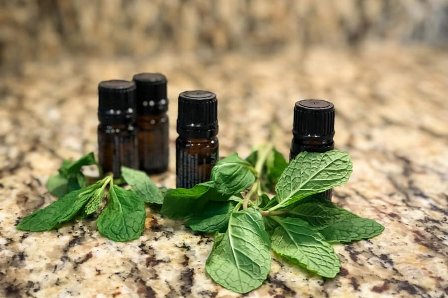 6 Reasons Why I Don't Sell Essential Oils