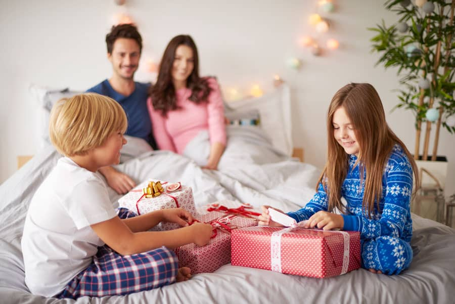 10 Fun Family Christmas Traditions To Start This Year